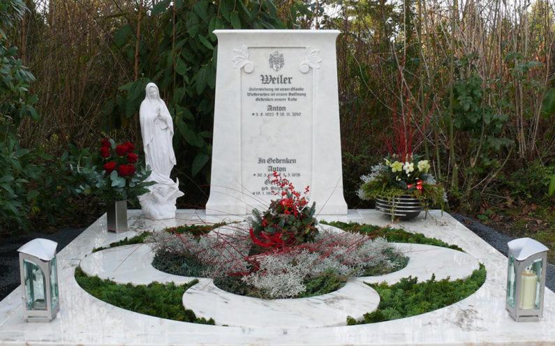 Köln Friedhof Brück Grabanlage Weiler - 0