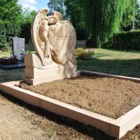 Doppelgrab Familiengrab Gestaltung Grabengel Herzform Wixhausen Darmstadt
