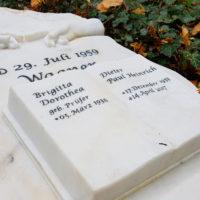Grabinschrift Grabstein Beschriftung Gravur Beispiel Muster Gera Ostfriedhof Steinmetz