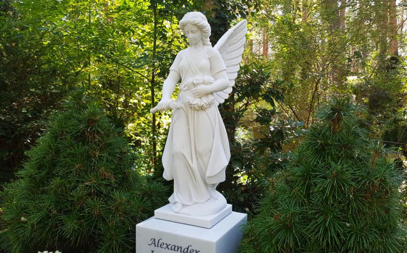 Berlin Waldfriedhof Zehlendorf Grabengel Jewesjenko - 0
