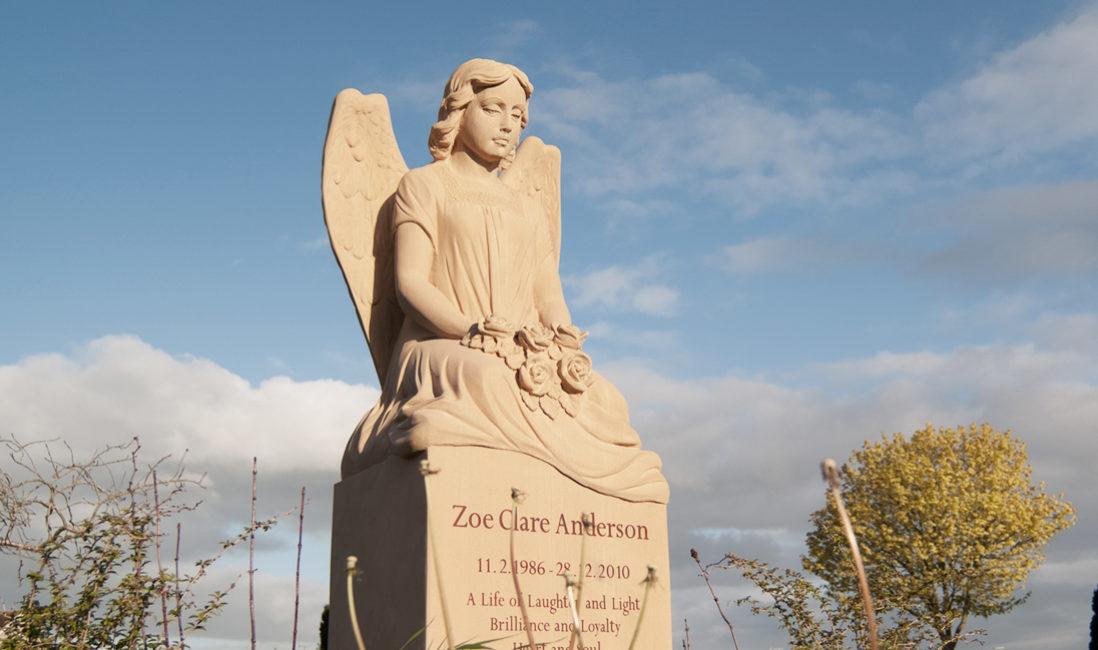 Grabmal Einzelgrabstein Sandstein Somerton Friedhof Frontal