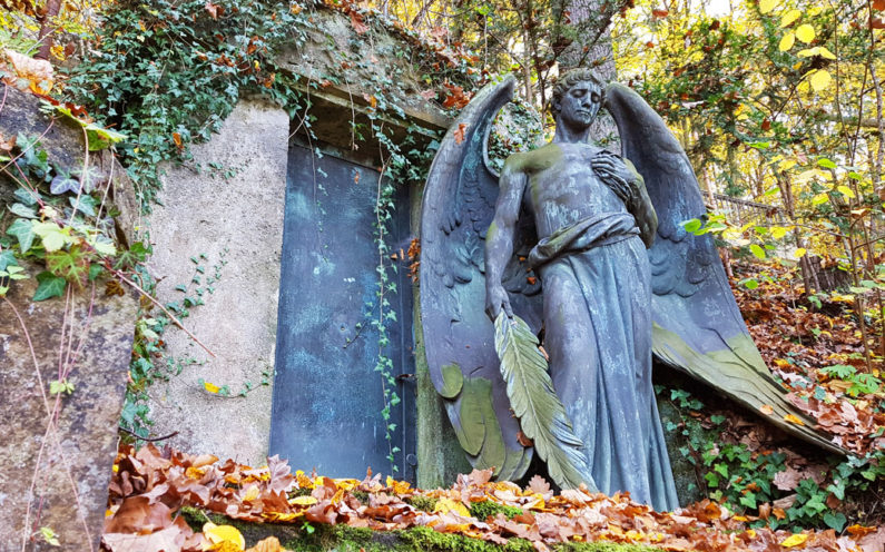 Gera Untermhäuser Friedhof Grabstätte Bruhm - 2