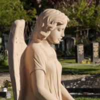 Grabgestaltung Grabmalgestaltung Engel Grabdenkmale Grabstätte Doppelgrab Familiengrab