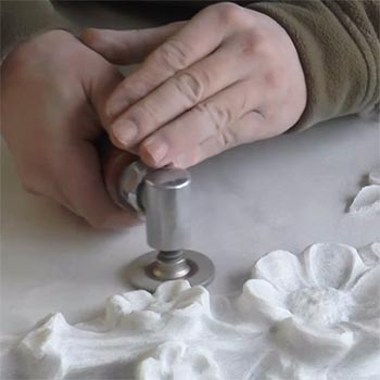 Eine Grafik zu Druckluft Winkelschleifer für Steinmetz & Bildhauer