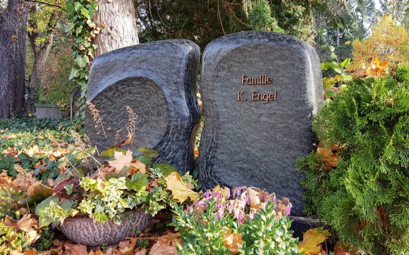Gera Südfriedhof Grabmal Familie Engel