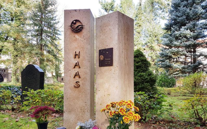Gera Südfriedhof Familiengrabstein Haas - 1