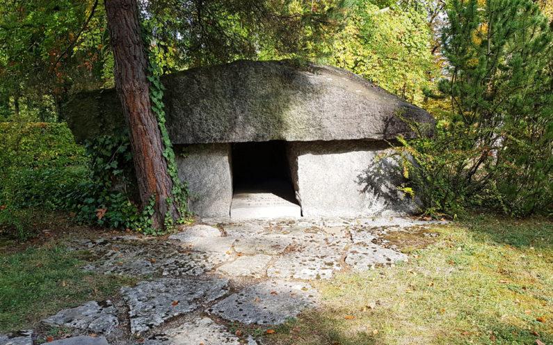 Jena Nordfriedhof Grabmal Otto Schott - 2