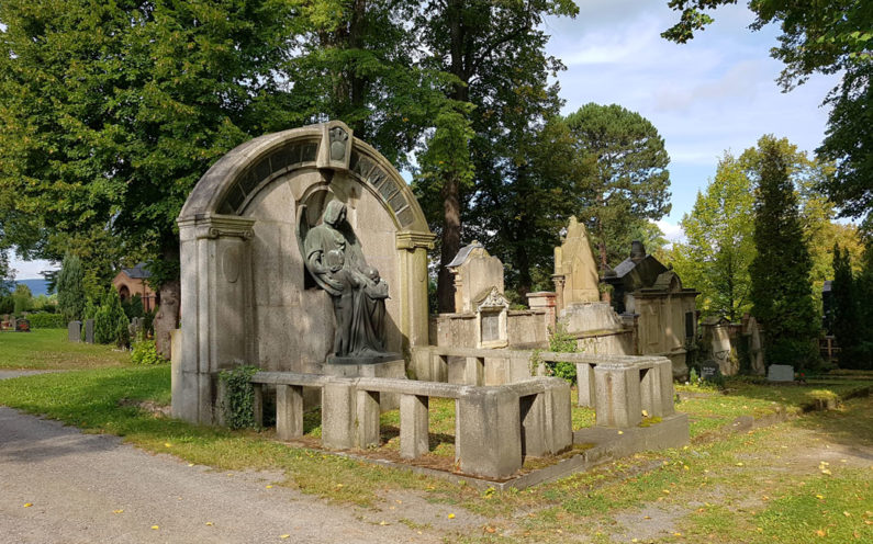 Pößneck Oberer Friedhof historische Familiengrabstätte Thalmann - 2