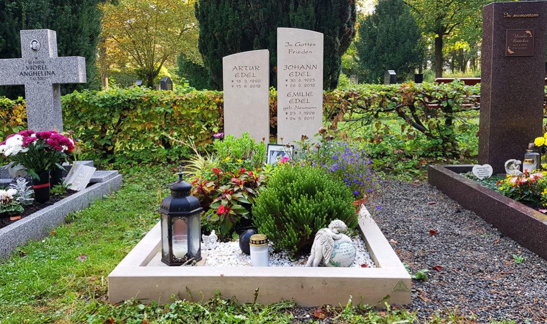 geteilt Grabmal Kalkstein Familiengrab Südfriedhof Gera Gesamtanlage
