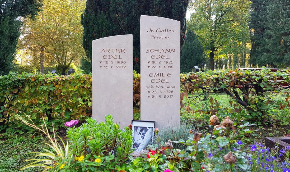 geteilt Grabmal Kalkstein Familiengrab Südfriedhof Gera