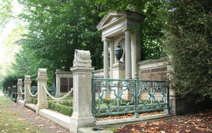 Köln Melatenfriedhof Grablege von Stein