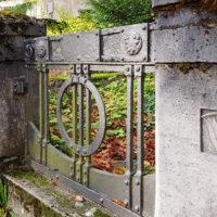 historische Antike Mausoleum Doppelgrabstätte Familiengrabstätte Grabstein Carl Frithjof Smith Mausoleum Travertin Weimar Hauptfriedhof