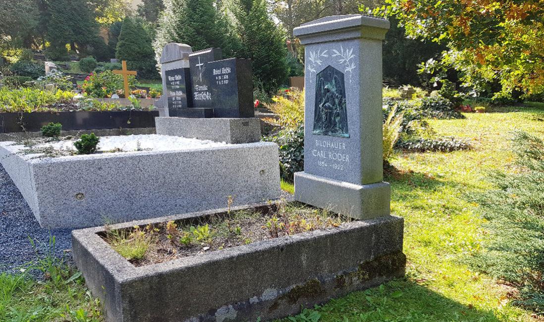 historisch Grabstein Einzelgrab Carl Röder Granit Hauptfriedhof Greiz Gesamtansicht