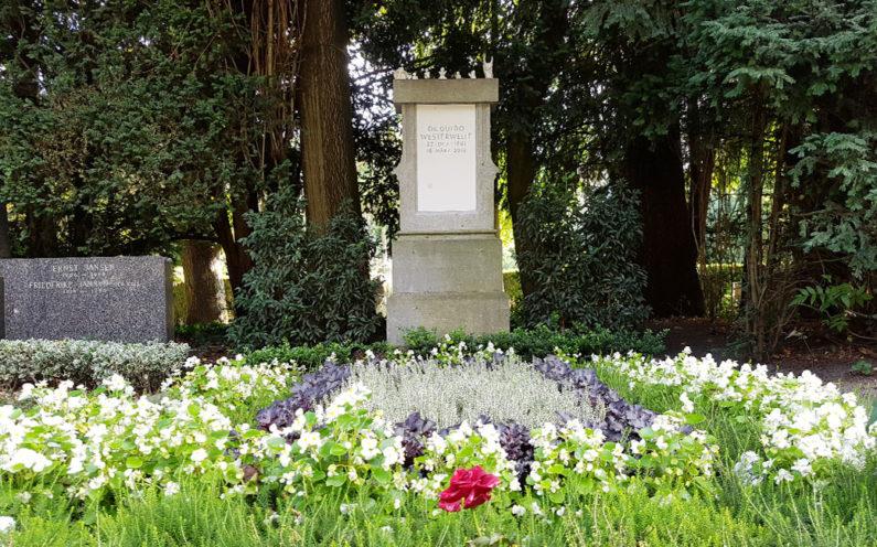 Köln Melatenfriedhof Grabstein Guido Westerwelle - 1