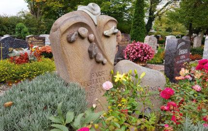 Saalfeld Hauptfriedhof Grabstein Tegtmeyer