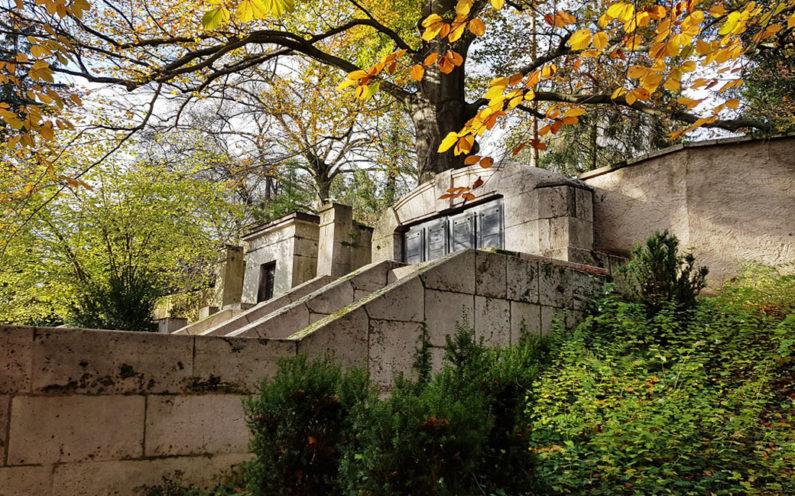 Weimar Hauptfriedhof Grabanlage Kötschau - 2