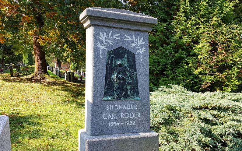 Greiz Hauptfriedhof Grabstein Carl Röder - 2