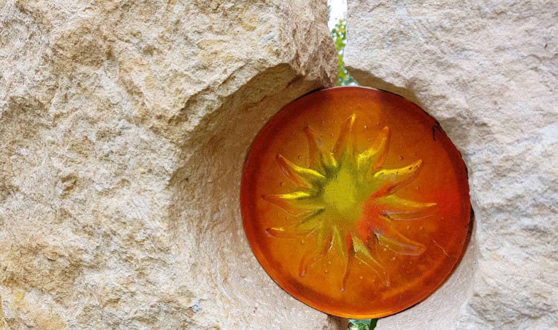 Glaselemente Grabsteine Deko mit Glas Grabmale Glasguss Glasgrabsteine