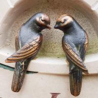 Vögel Bronzefiguren Bronze Figur Grabsteine Steinmetz Friedhof Saalfeld