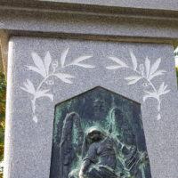 Carl Röder Bildhauer Historischer Grabstein Greiz Engel Grabstätte