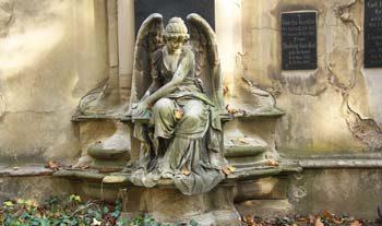 Eine Grafik zu historischer Familiengrabstein mit Engelsfigur für eine Gedenkstätte
