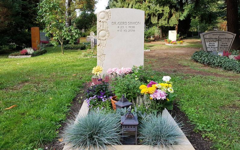 Dresden Trinitatisfriedhof Einzelgrabstein Simon
