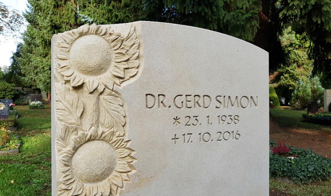 Grabstein Sonnenblume Sandstein Grabinschrift Gravur Beispiel Trinitatisfriedhof Dresden
