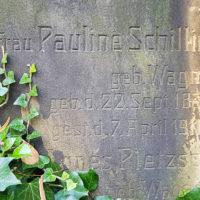 Grabinschrift Grabsteinschrift alt historisch antik Sandstein Dresden Trinitatisfriedhof