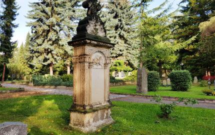 Dresden Trinitatisfriedhof Grabstein Mirhitz
