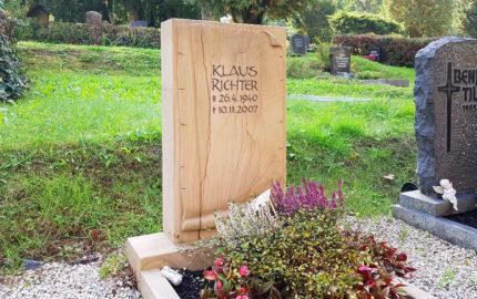 Greiz Hauptfriedhof Grabstein Richter