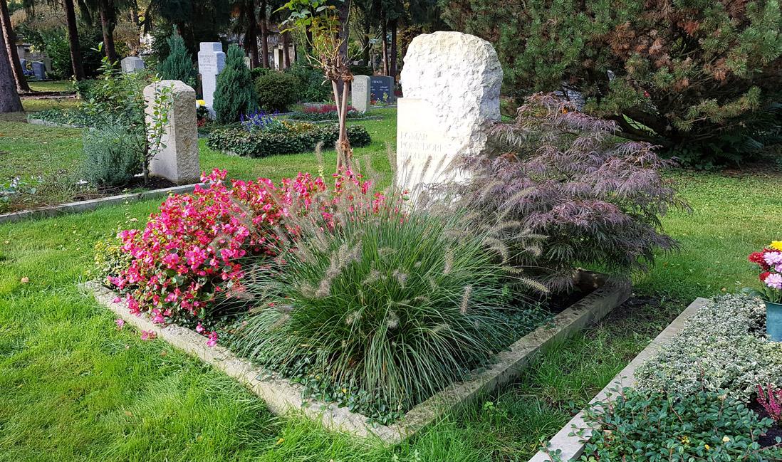 dresden trinitatisfriedhof grabstein ponndorf stilvolle grabsteine. Black Bedroom Furniture Sets. Home Design Ideas
