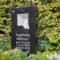 Urnengrabmal Gestaltung Granit schwarz polert Symbol Tor Tür Ornament Friedhof Zeulenroda