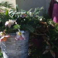 Grabgestecke und Grabschmuck im Herbst Deko-Grabschmuck-Urnengrab-Grabgestecke-Grabdeko-Beispiele-Ideen