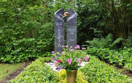 Erfurt Hauptfriedhof Grabmal Kuhwald