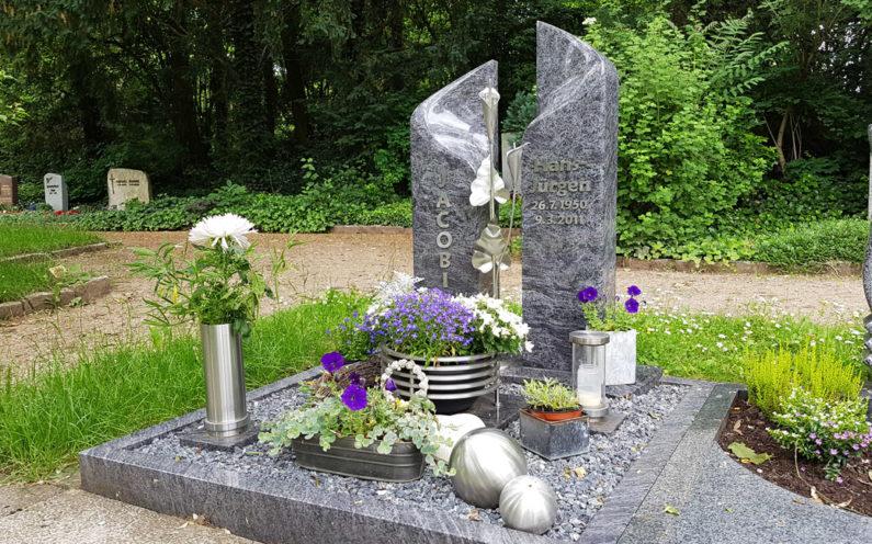 Erfurt Hauptfriedhof Grabstein Jacobi - 1