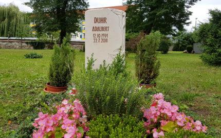 Neustadt an der Orla Friedhof Grabmal Duhr