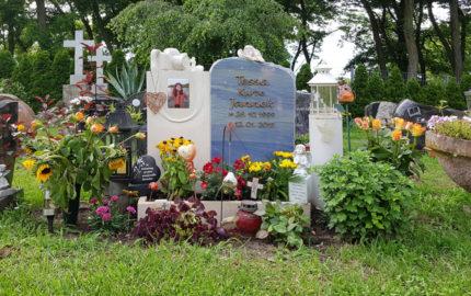 Petershagen evangelischer Friedhof Grabmal Jannek