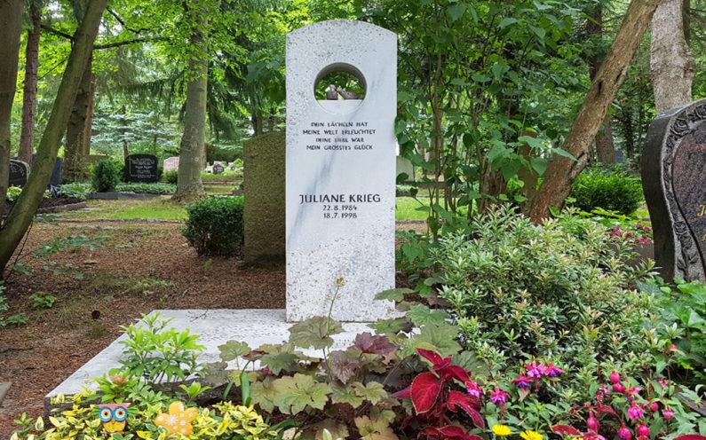 Erfurt Hauptfriedhof Grabmal Krieg - 1