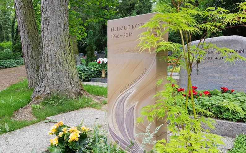 Erfurt Hauptfriedhof Grabmal Roth - 1