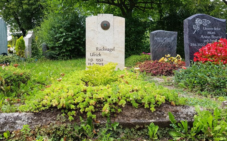 Neustadt an der Orla Friedhof Grabmal Rücknagel - 1