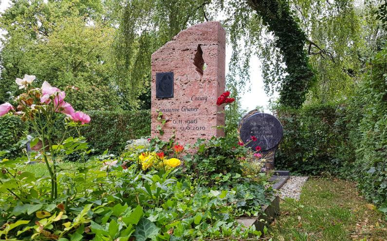Neustadt an der Orla Friedhof Grabstein Gruner - 1