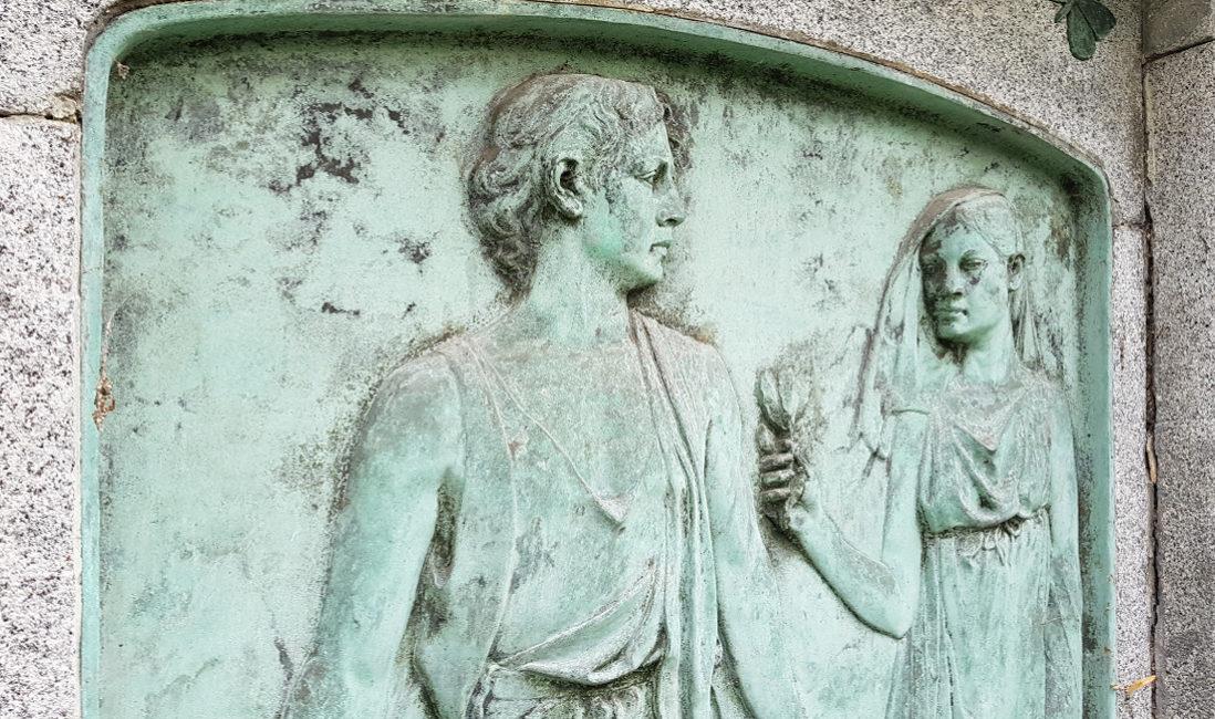 Grabmal Granit Bronze Relief Abbildung Mann Frau Neustadt Orla Friedhof