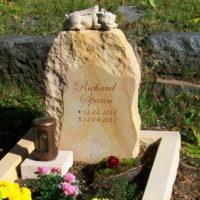 Kindergrab-Babygrab-Gestaltung-Grabsteine-Grabmale-Ideen-Junge-Menschen