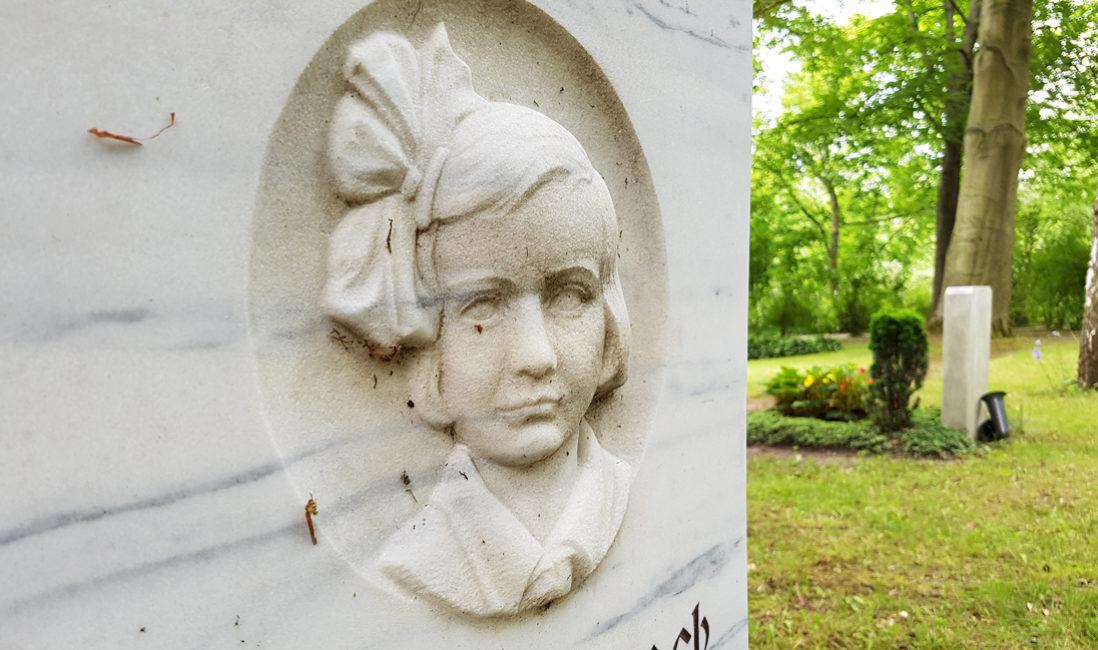 Urnengrabstein Familiengrab Relief Mädchen Marmor Buchs Grabumrandung Sommerbepflanzung Hauptfriedhof Erfurt