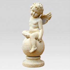 Eine Grafik zu Hochwertige Grabfiguren: Engel, Jesus und Madonna