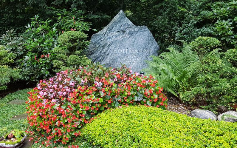 Köln Südfriedhof Familiengrabanlage Hoffmann - 1
