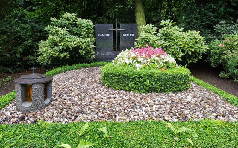 Köln Südfriedhof Familiengrabmal Brock - 1