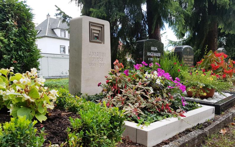 Weida Friedhof Grabmal Wirbs - 1