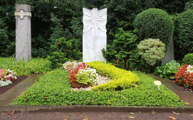Köln Südfriedhof Mustergrabanlage Familiengrab Marmor - 1