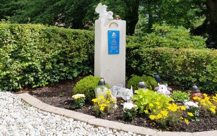Weida Friedhof Grabmal Heinevetter